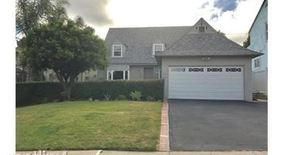 719 N Doheny Dr