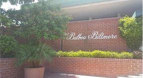 5301 Balboa Blvd