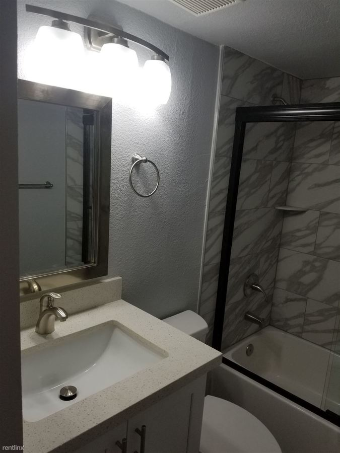 2 Bedrooms 2 Bathrooms Apartment for rent at Phoenician Palms in Phoenix, AZ