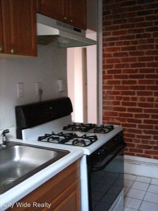 4 Bedrooms 2 Bathrooms Apartment for rent at 1100 S 46th Street in Philadelphia, PA