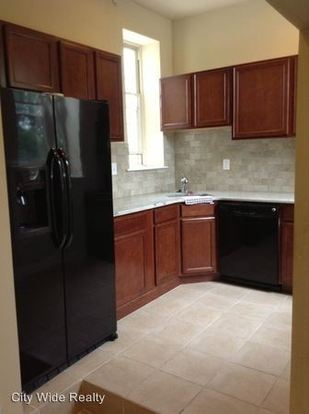 2 Bedrooms 1 Bathroom Apartment for rent at 1325 N Franklin St in Philadelphia, PA