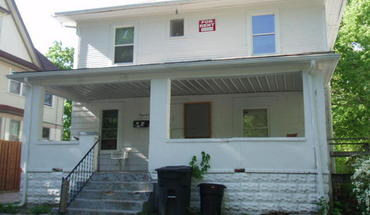 712 W California Apartment for rent in Urbana, IL