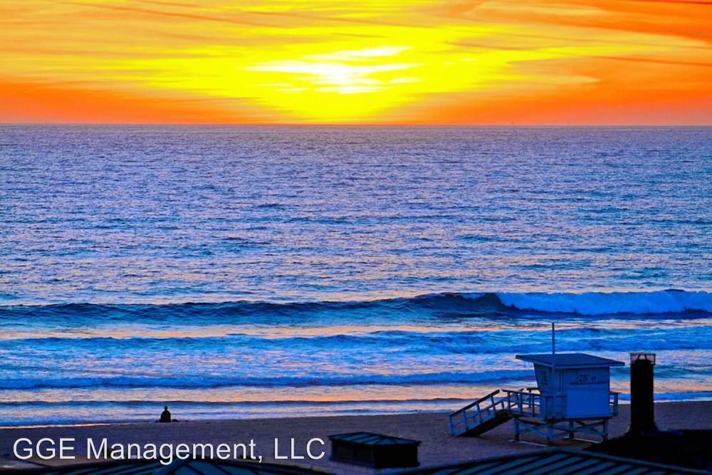 2 Bedrooms 1 Bathroom Apartment for rent at 211 Yacht Club Way in Redondo Beach, CA