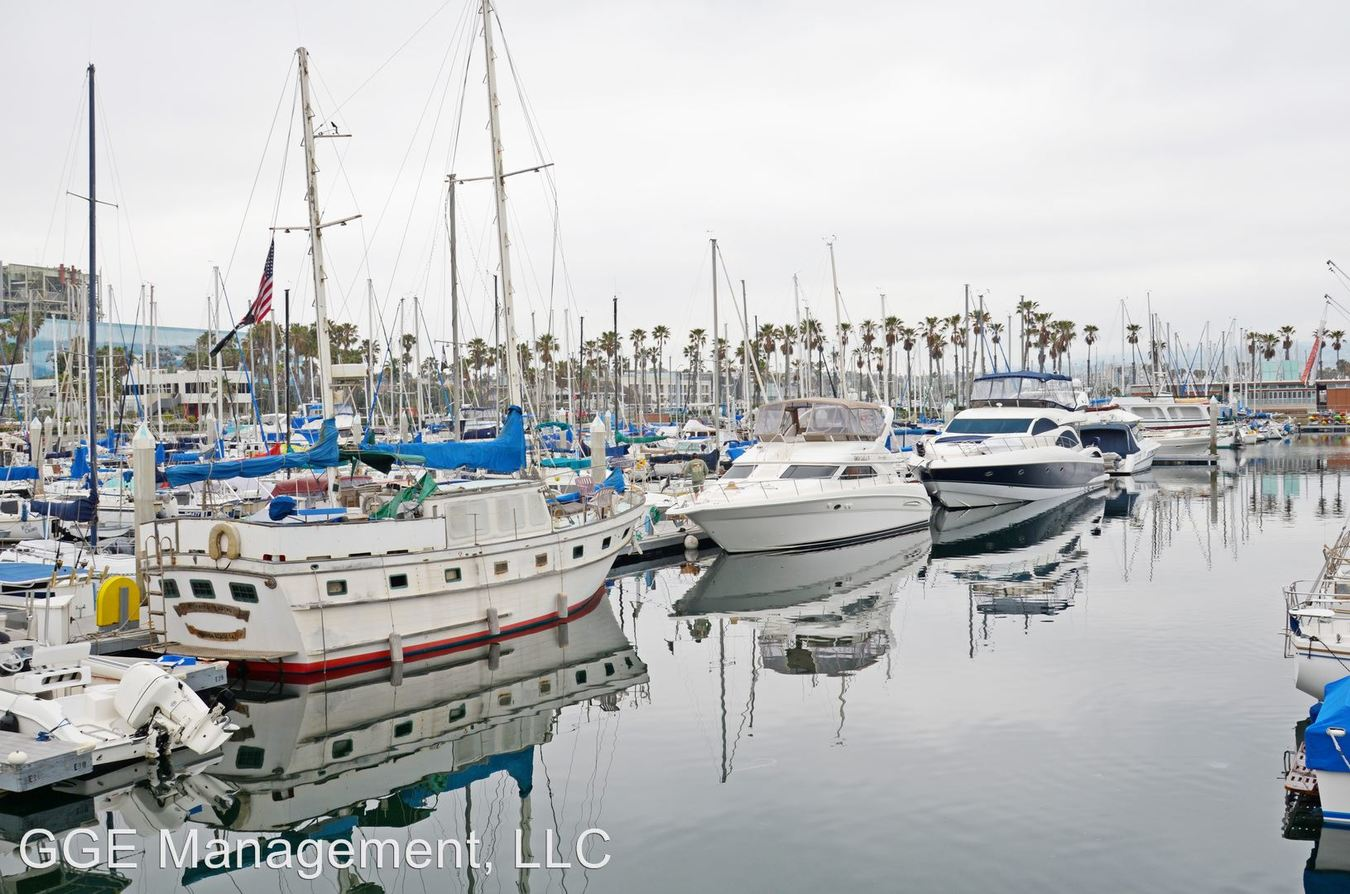 1 Bedroom 2 Bathrooms Apartment for rent at 211 Yacht Club Way in Redondo Beach, CA