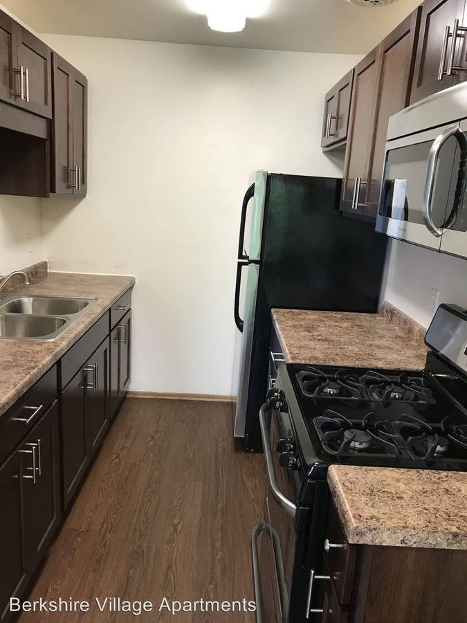 2 Bedrooms 1 Bathroom Apartment for rent at 1258 17Th Avenue Nw Suite 4 in Rochester, MN