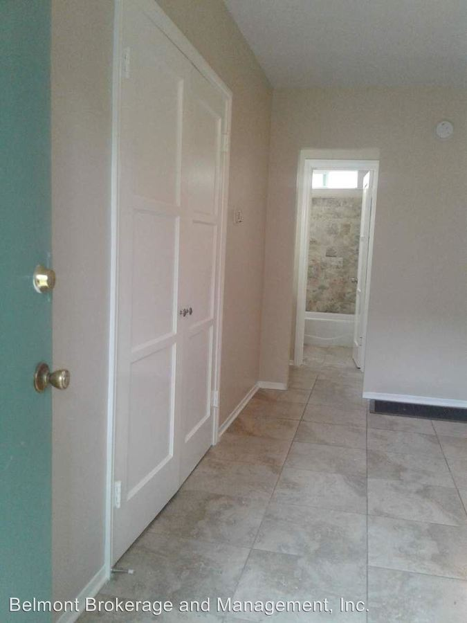 Studio 1 Bathroom Apartment for rent at 1216 E. 3rd Street in Long Beach, CA