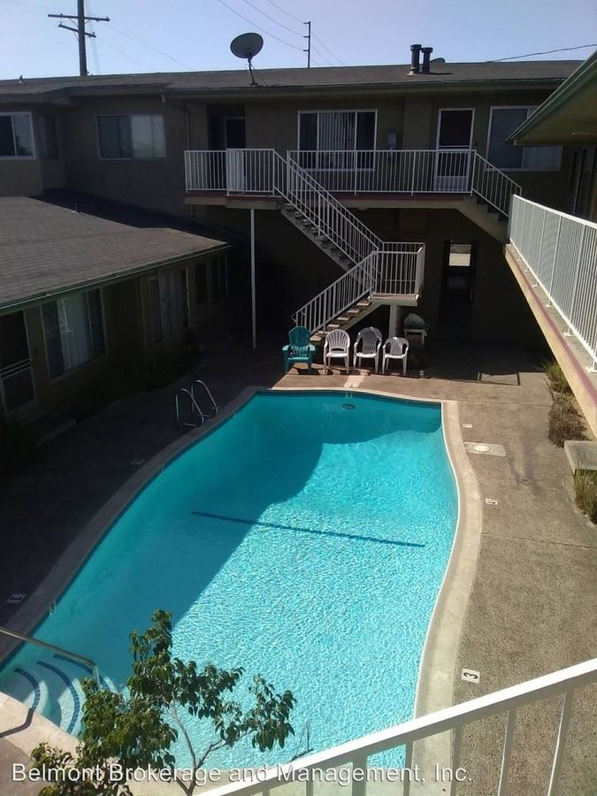 2 Bedrooms 1 Bathroom Apartment for rent at 445 Ximeno Ave. in Long Beach, CA
