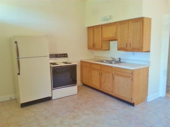 1 Bedroom 1 Bathroom Apartment for rent at 3418 Miami St in St Louis, MO
