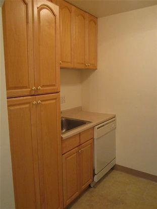 1 Bedroom 1 Bathroom Apartment for rent at 5710 Phillips Avenue in Pittsburgh, PA