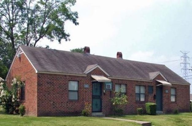 4 Bedrooms 2 Bathrooms House for rent at Thompson Court Apartments in Memphis, TN