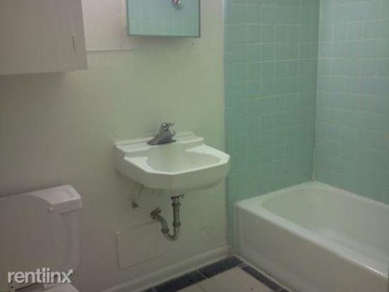 1 Bedroom 1 Bathroom Apartment for rent at 316 Ehlinger Dr in Bryan, TX