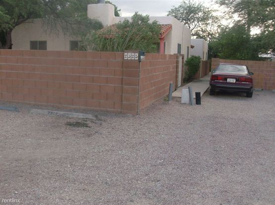 2 Bedrooms 1 Bathroom House for rent at 2325 N Dodge Blvd in Tucson, AZ