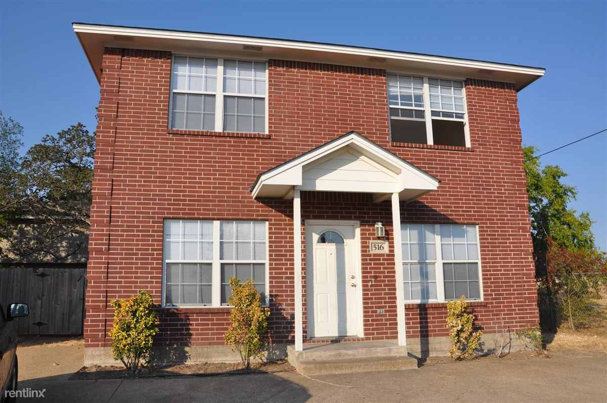 4 Bedrooms 2 Bathrooms House for rent at Tarrow St in College Station, TX