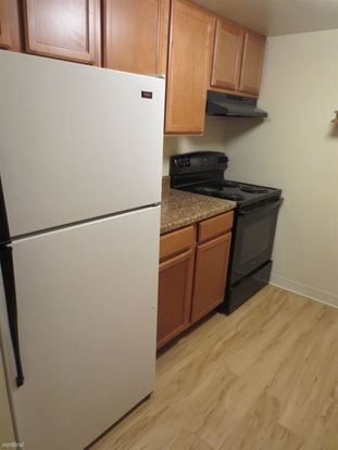 1 Bedroom 1 Bathroom Apartment for rent at 6350 Forward Avenue in Pittsburgh, PA