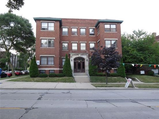 1 Bedroom 1 Bathroom Apartment for rent at 2207 E Webster Pl in Milwaukee, WI