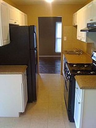3 Bedrooms 1 Bathroom Apartment for rent at Frontier Property Management in St Louis, MO