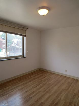 1 Bedroom 1 Bathroom Apartment for rent at 5712 Phillips Avenue in Pittsburgh, PA