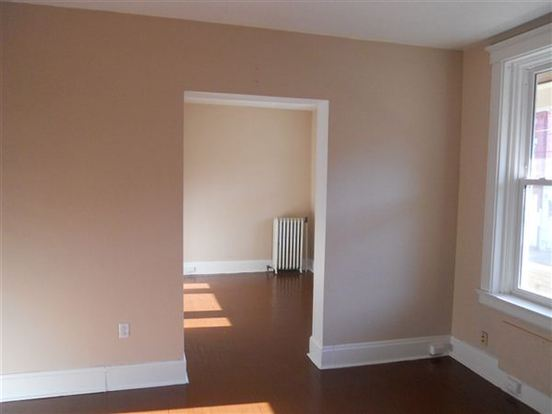 2 Bedrooms 1 Bathroom House for rent at Ross Building in Cincinnati, OH