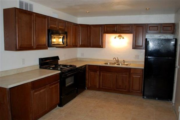 2 Bedrooms 1 Bathroom House for rent at 333 E Adams St in Tucson, AZ