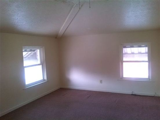 3 Bedrooms 1 Bathroom House for rent at 3518 W 8th St in Cincinnati, OH