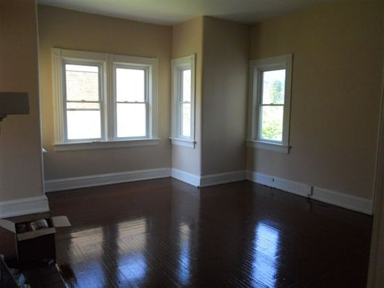 2 Bedrooms 1 Bathroom House for rent at 4925 Paddock Rd in Cincinnati, OH