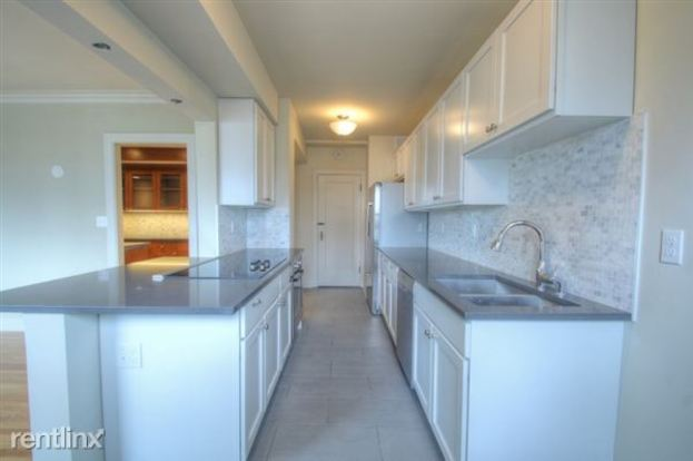 3 Bedrooms 3 Bathrooms House for rent at The Marlborough in Seattle, WA