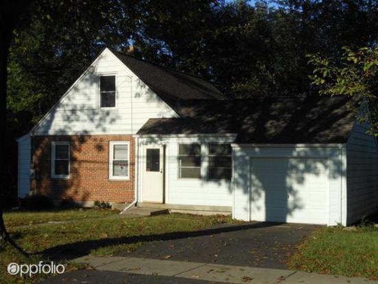 4 Bedrooms 1 Bathroom House for rent at 79 Drummond in Cincinnati, OH