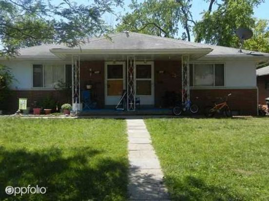 2 Bedrooms 1 Bathroom Apartment for rent at 699 701 Village Drive in Columbus, OH