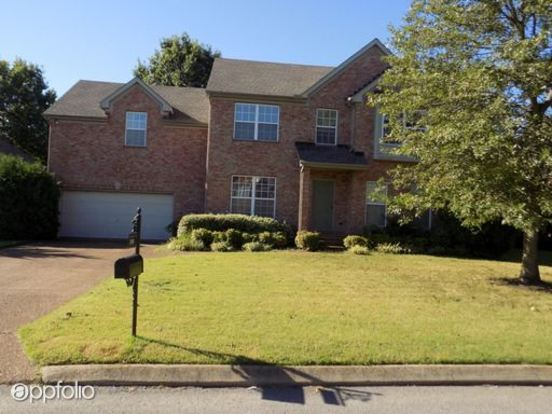 3 Bedrooms 2 Bathrooms House for rent at 1208 Meadow Trace Court in Nashville, TN