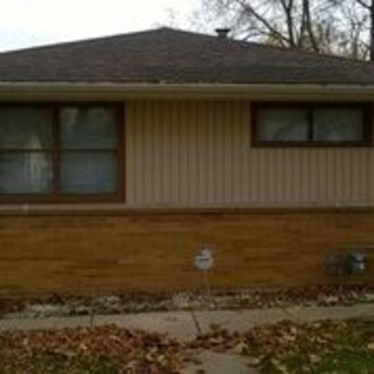 3 Bedrooms 1 Bathroom House for rent at 5846 N 66th Street in Milwaukee, WI