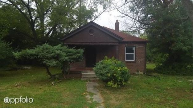 2 Bedrooms 1 Bathroom House for rent at 3072 N Keystone Ave in Indianapolis, IN