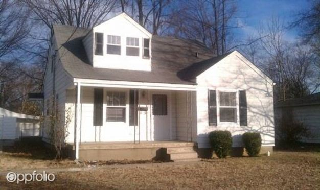 3 Bedrooms 1 Bathroom House for rent at 4929 Graston Ave in Louisville, KY