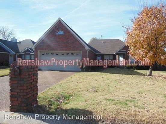 3 Bedrooms 2 Bathrooms House for rent at 2807 Laura Circle E. in Memphis, TN
