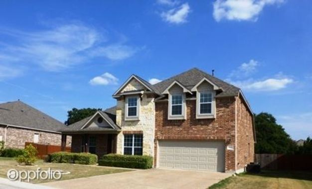 4 Bedrooms 3 Bathrooms House for rent at 295 Dry Creek Road in Austin, TX