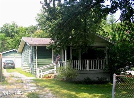 3 Bedrooms 1 Bathroom House for rent at 2109 Sadler Avenue in Nashville, TN