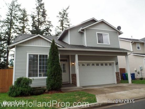 3 Bedrooms 2 Bathrooms House for rent at 20052 Ne Hoyt St. in Portland, OR