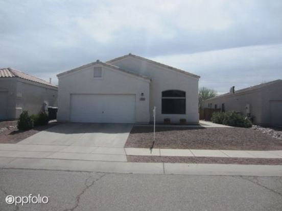 3 Bedrooms 2 Bathrooms House for rent at 8549 S. Camino Bengala in Tucson, AZ