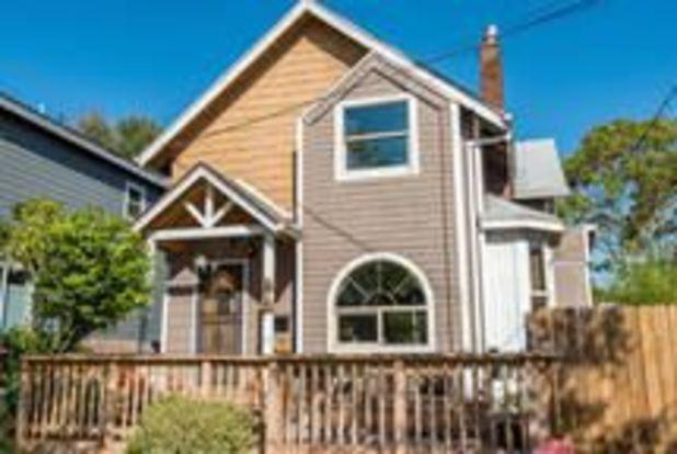 4 Bedrooms 1 Bathroom House for rent at 6825 Se Holgate Blvd in Portland, OR