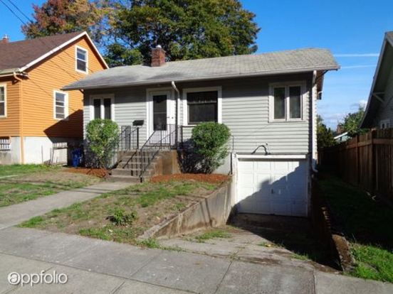 1 Bedroom 1 Bathroom Apartment for rent at Harding Procurement in Portland, OR
