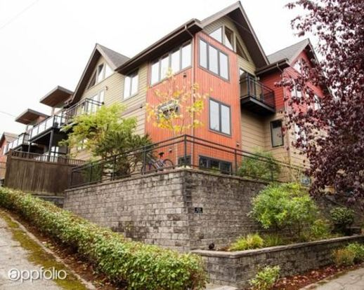 3 Bedrooms 3 Bathrooms House for rent at 4319 Sw Atlantic St. in Seattle, WA