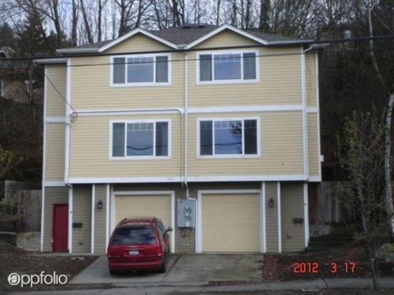 2 Bedrooms 1 Bathroom Apartment for rent at 4118 Deliridge Way Sw in Seattle, WA