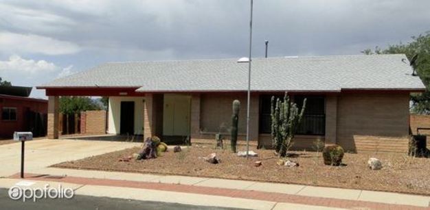 3 Bedrooms 2 Bathrooms House for rent at 3505 W. Alana Ln in Tucson, AZ