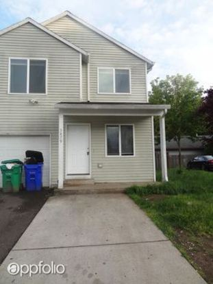 4 Bedrooms 2 Bathrooms Apartment for rent at 3879 Se 136th Avenue in Portland, OR