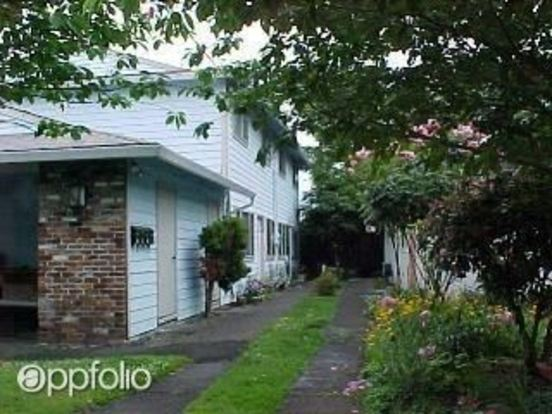 2 Bedrooms 1 Bathroom Apartment for rent at 3250 Se 15 Th in Portland, OR