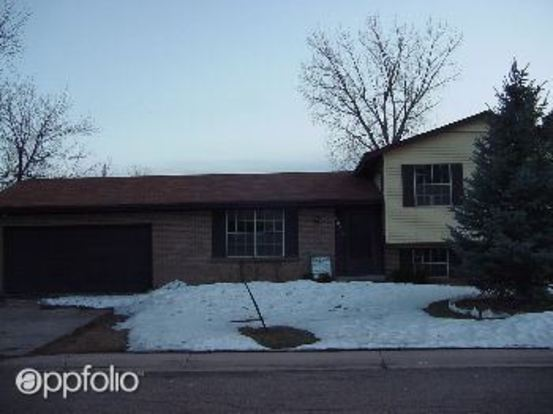 4 Bedrooms 2 Bathrooms House for rent at 6402 E. Bethany Place in Denver, CO