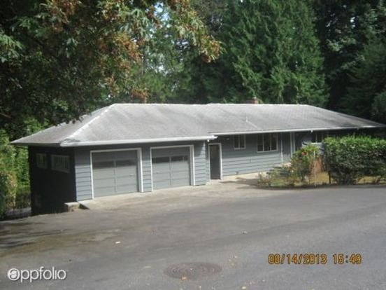 5 Bedrooms 3 Bathrooms House for rent at 9130 Sw 15 Th Ave in Portland, OR