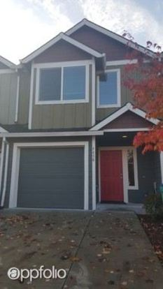 3 Bedrooms 2 Bathrooms House for rent at 4658 Ne 116th Ave. in Portland, OR