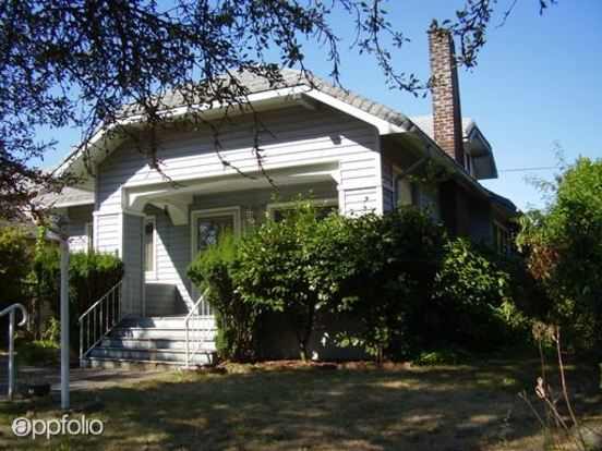 2 Bedrooms 2 Bathrooms House for rent at 5415 Ne Garfield in Portland, OR