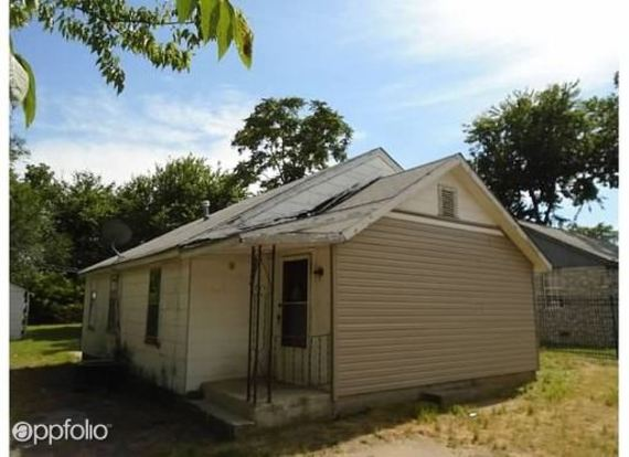 2 Bedrooms 1 Bathroom House for rent at 2634 E Newton St in Tulsa, OK