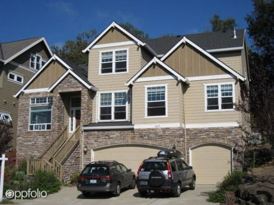 5 Bedrooms 2 Bathrooms House for rent at 10239 Nw Skyline Heights Drive in Portland, OR